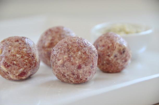 Cashew och tranbärsbollar1